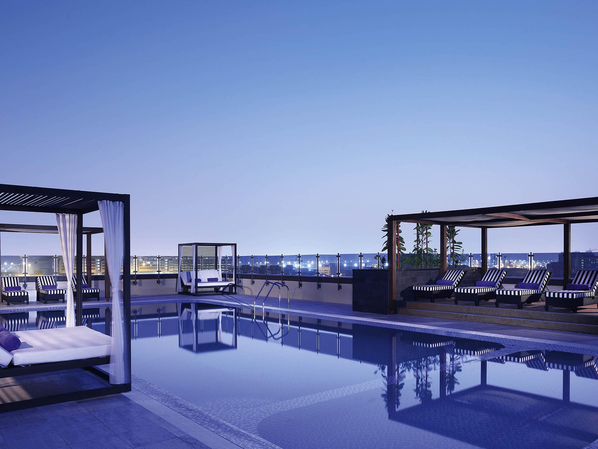 five star hotels sharjah