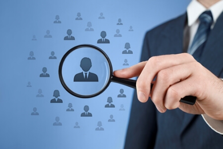 What are the advantages of retained search?