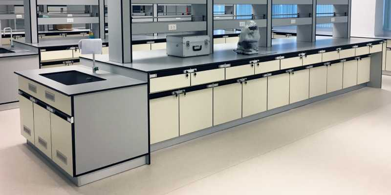Importance of Laboratory Furniture