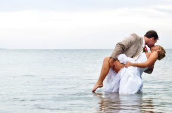 Make the wedding memory with professional photography